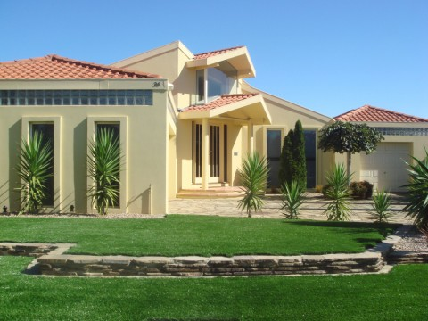 Choice of artificial grass for homeowners