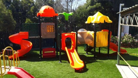 The advantage of synthetic playground grass